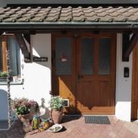 Hotel Pictures: Eulennest, Weisslingen