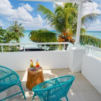 Deluxe Two-Bedroom Apartment - Beachfront