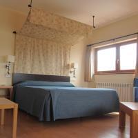 Hotel Pictures: Hotel Galayos, Hoyos del Espino