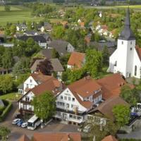 Hotel Pictures: Land-gut-Hotel Meyer-Pilz, Stemwede