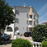 Zdjęcia hotelu: Garfild Guest house, Novi Vinodolski