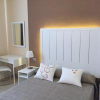Hotel Pictures: Hotel L'Alguer, LAmetlla de Mar
