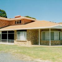 Hotel Pictures: Anoyster on the Beach Sawtell, Sawtell