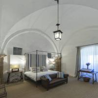 Hotel Pictures: Castillo de Cáceres, Cáceres