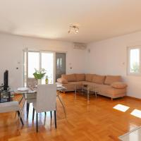 Superior One-Bedroom Apartment (4 Adults) - Annex