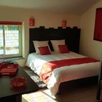 Hotel Pictures: Chambre D´hôtes Léonie, Druillat