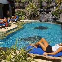 Hotel Pictures: Manta Ray Bay Resort, Colonia