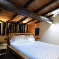 Double Room - Split Level