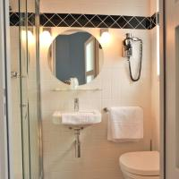 Double Room with shower and City View