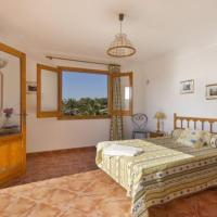 Hotel Pictures: Three-Bedroom Apartment in Menorca with Pool I, Son Carrio