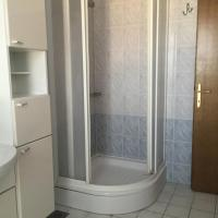 One-Bedroom Apartment (4-5 Adults)