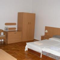 1-Room Apartment in the 5th Disctrict