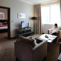 Premium King Suite - Non-Smoking