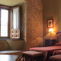 Hotel Pictures: Casa Palacio Conde de Garcinarro, Huete