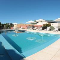 Hotel Pictures: Howard Johnson Rio Ceballos Hotel y Casino, Río Ceballos