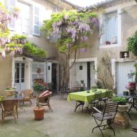 Hotel Pictures: La Maison Bourgeoise, Le Thor