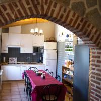 Hotel Pictures: Casa Rural Duquesa De La Conquista de Ávila, Vega de Santa María