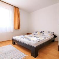 Hotellikuvia: Apartments Sunrise, Novalja
