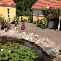 Hotel Pictures: Abildskovhus Feriebolig, Funder Kirkeby