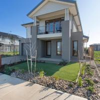 Hotel Pictures: Wyndham Harbour Villa - Melbourne, Werribee South