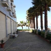 Hotel Pictures: Marlis Apartment, Shkallnur