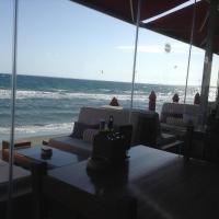 Hotel Pictures: Sea View Penthouse, Ayios Tykhonas