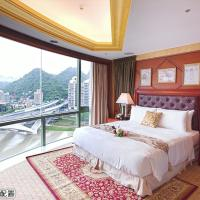 Double Room with View