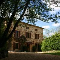 Hotel Pictures: Gîte le Naudou, Castelnau-de-Montmiral