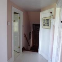 Hotel Pictures: English Experience Bed and Breakfast, Malden