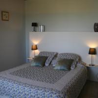 Hotel Pictures: Les Fleurs du Parc, Mansempuy