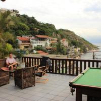 Hotel Pictures: Casa Amarela, Barra de Guaratiba