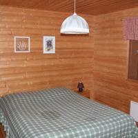 Economy Two-Bedroom Cottage with Sauna and Private Shore
