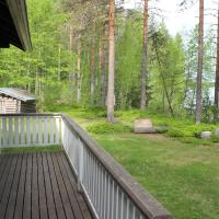 Large Two-Bedroom Cottage with Sauna and Private Shore