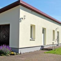 Hotel Pictures: Ferienwohnung Haus Möwe, Freest