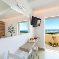 Superior Studio with Sea and Pool View