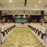 Hotel Pictures: Hostal Salones Victoria, Santa Marina del Rey