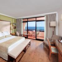 Double or Twin Room with Front Sea View