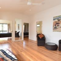 Hotel Pictures: The Annex by Tumbling Waters Retreat, Stanwell Park