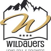 Hotel Pictures: Wildauers, Lienz