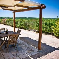 Trullo Two-Bedroom House with Garden View
