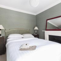 Five-Bedroom Apartment - Warwick Gardens II