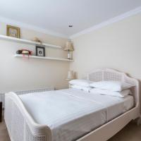 Two-Bedroom Apartment - St George's Square X