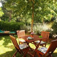 One-Bedroom Apartment Garden View