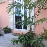 Hotellbilder: Spa Retreat Near Beach, Nassau