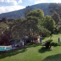 Hotel Pictures: Antigua Sala, San Lorenzo