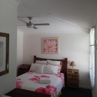 Hotel Pictures: Whale Beach Bed and Breakfast, Whale Beach