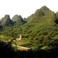 Hotel Pictures: Yangshuo Peaceful Valley Retreat, Yangshuo