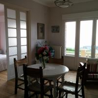 Hotel Pictures: Appartement La Précieuse, Woignarue
