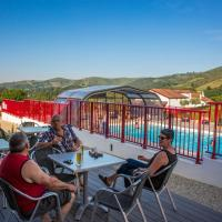 Hotel Pictures: Camping Larlapean, Saint-Martin-d'Arrossa