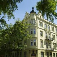 Hotel Pictures: Romantic Escape In Prague, Prague